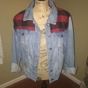 Forever 21 Light Denim Jean Jacket Size Medium